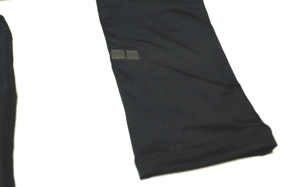 AIRism_PERFORMANCE_SUPPORT_TIGHTS_006.jpg